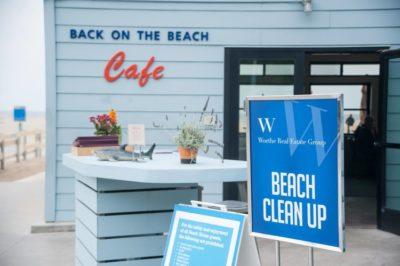 WORTHE CLEAN THE BEACH